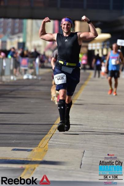 Ken McCullough running in the Atlantic City Marathon