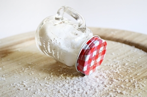 Picture of a n overturned salt shaker